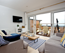 Snaptrip - Last minute cottages - Cosy Brixham Cottage S81899 -