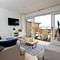 Snaptrip - Last minute cottages - Cosy Brixham Apartment S81899 -