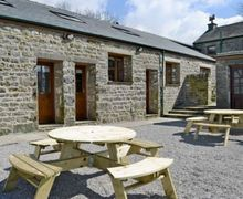 Snaptrip - Last minute cottages - Wonderful Lancaster Cottage S18248 -