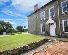 Snaptrip - Last minute cottages - Attractive Redruth Cottage S82022 -