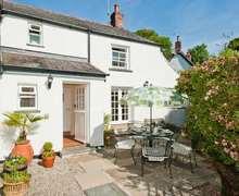 Snaptrip - Last minute cottages - Beautiful St. Keverne Cottage S82053 -