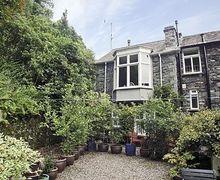 Snaptrip - Last minute cottages - Attractive Ambleside Cottage S18283 -