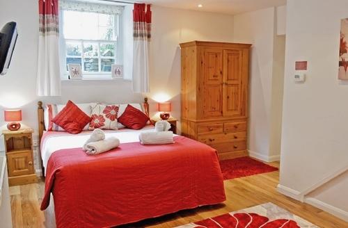 Snaptrip - Last minute cottages - Inviting Ambleside Apartment S18300 -