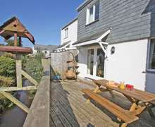 Snaptrip - Last minute cottages - Charming Falmouth Cottage S82234 -