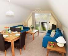 Snaptrip - Last minute cottages - Delightful Norris Green Cottage S82407 -
