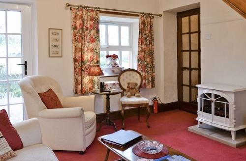 Snaptrip - Last minute cottages - Exquisite Bassenthwaite Cottage S18346 -