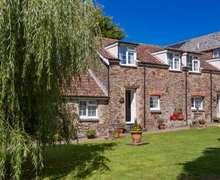 Snaptrip - Last minute cottages - Cosy Westward Ho! Cottage S82504 -