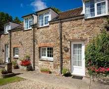 Snaptrip - Last minute cottages - Stunning Westward Ho! Cottage S82507 -