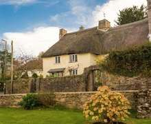 Snaptrip - Last minute cottages - Luxury Brixham Cottage S82564 -