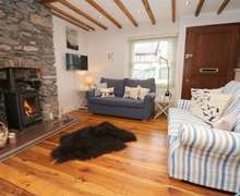 Snaptrip - Last minute cottages - Beautiful Cargreen Cottage S82594 -