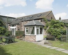 Snaptrip - Last minute cottages - Attractive Carlisle Cottage S18377 -