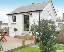Snaptrip - Last minute cottages - Cosy Hayle Cottage S82654 -
