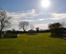 Snaptrip - Last minute cottages - Delightful Kilkhampton Cottage S82728 -