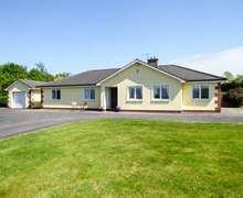 Snaptrip - Last minute cottages - Tasteful  Cottage S82830 -