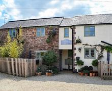 Snaptrip - Last minute cottages - Stunning Lydney Cottage S82858 -