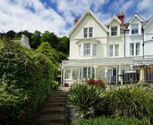 Snaptrip - Last minute cottages - Excellent Llandudno Cottage S82890 - 46-church-walks-exterior-17