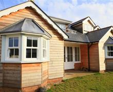 Snaptrip - Last minute cottages - Exquisite Thorpeness Cottage S83134 - PHT8_IMG_01