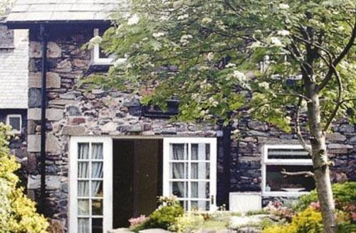 Snaptrip - Last minute cottages - Quaint Glenridding And Southern Ullswater Cottage S18469 -