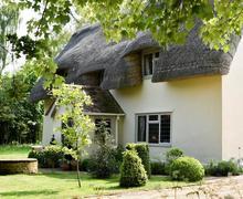 Snaptrip - Last minute cottages - Quaint Felixstowe Cottage S83219 - wcr_img_32