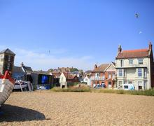 Snaptrip - Last minute cottages - Adorable Aldeburgh Lodge S83225 - IMG_0010