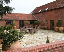 Snaptrip - Last minute cottages - Gorgeous Beccles Lodge S83290 - whf_img_01