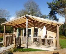 Snaptrip - Last minute cottages - Superb Truro Lodge S83519 - Gart Lodge