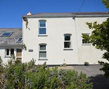 Snaptrip - Last minute cottages - Charming Perranporth Central Cottage S83587 - Sea View  outside