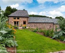 Snaptrip - Last minute cottages - Wonderful Talgarth Cottage S83734 - Barn Field Cottage Jpegs-9894