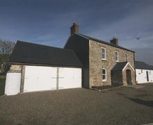 Snaptrip - Last minute cottages - Gorgeous Little Haven Cottage S71748 - 2168-0-Glebe House Talbenny