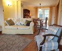 Snaptrip - Last minute cottages - Beautiful Newport Cottage S71806 - 2165-0-Eryl Newport