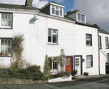 Snaptrip - Holiday cottages - Quaint Lowick Cottage S18581 -