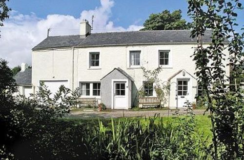 Snaptrip - Last minute cottages - Splendid Matterdale End Cottage S18591 -