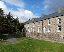 Snaptrip - Last minute cottages - Charming  Cottage S57943 - Nant Gwrtheyrn Accommodation - Sea View Cottage for 6-8 guests