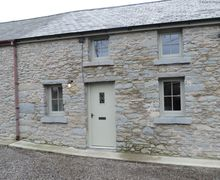 Snaptrip - Last minute cottages - Exquisite Llanddewi Brefi Cottage S57831 - Boutique cottage in West Wales - Traditional stone cottage, beautifully renovated