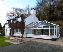 Snaptrip - Last minute cottages - Gorgeous Llanelltyd Cottage S57963 - Detached, pet-friendly Dolgellau accommodation with a view