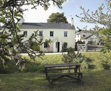 Snaptrip - Last minute cottages - Inviting Matterdale End Cottage S18596 -