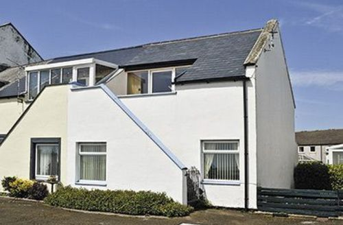 Snaptrip - Last minute cottages - Luxury Haverigg And The National Park Coast Cottage S18600 -