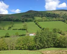 Snaptrip - Holiday cottages - Luxury Aber Cywarch Cottage S57999 - Ty Mawddwy - a detached cottage surrounded by beautiful countryside