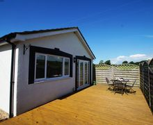 Snaptrip - Last minute cottages - Adorable Porthcawl Cottage S57838 - Dog friendly self catering cottage for your Porthcawl holidays