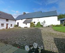 Snaptrip - Last minute cottages - Luxury Penperlleni Cottage S58024 - Y Stablau - Within the Brecon Beacons National Park