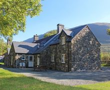 Snaptrip - Last minute cottages - Inviting Abergynolwyn Cottage S57893 - Tywyn self catering accommodation, set in peaceful countryside