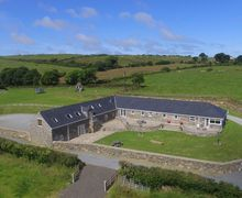 Snaptrip - Last minute cottages - Exquisite Bryncroes Cottage S58008 - Spacious, detached and spectacular cottage - perfect for get-togethers