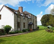 Snaptrip - Last minute cottages - Tasteful  Cottage S70402 - Denbigh accommodation in an Area of Outstanding Natural Beauty