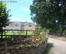 Snaptrip - Last minute cottages - Beautiful St. Nicholas Apartment S58009 - 5 star Holiday Apartment Cardiff - a beautiful countryside setting