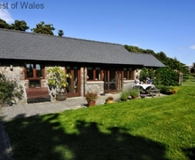 Snaptrip - Last minute cottages - Captivating Newton Cottage S57870 - Detached self catering South Wales cottage - Porthcawl accommodation