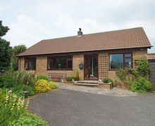 Snaptrip - Last minute cottages - Attractive Devils Bridge Cottage S57883 - Fronhaul holiday cottage in Devil's Bridge near Aberystwyth