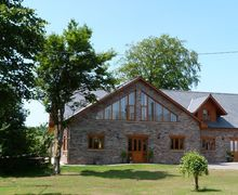 Snaptrip - Last minute cottages - Inviting Cray Cottage S57915 - Llety Llyn y Fan Brecon Beacons Holiday Cottage