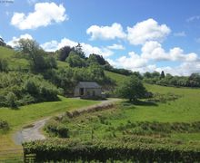 Snaptrip - Last minute cottages - Stunning Cwm Llinau Cottage S57801 - Detached, private and welcoming accommodation in Mid Wales
