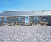 Snaptrip - Last minute cottages - Inviting  Cottage S57803 - A 5 star holiday cottage with sea view on the Llyn Peninsula