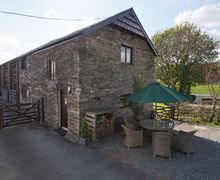 Snaptrip - Last minute cottages - Gorgeous Pennal Cottage S57969 - Expect a warm Welsh welcome at this cosy Aberdovey holiday cottage